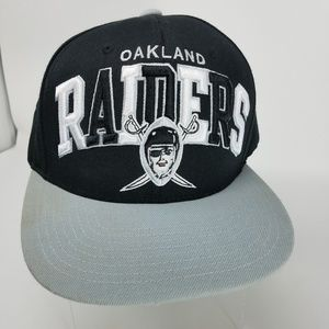 Oakland Raiders wool-blend snap back